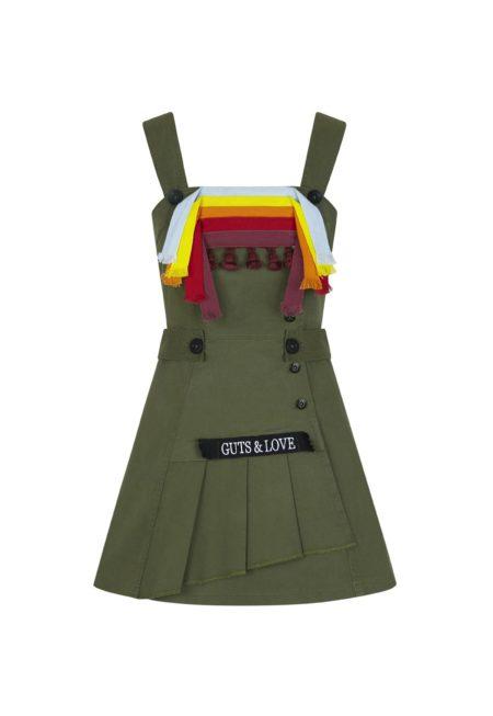 Guts and love. Silueta de vestido corto Buckle up dress de la colección primavera verano 2020 Underneath the star
