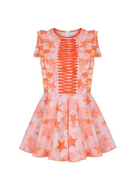 Guts and love. Silueta del vestido corto de color naranja Chaotic stars  de la colección primavera verano 2020 Underneath the star