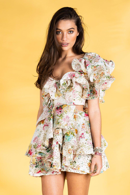 Guts and love. Vestido corto Ruffle of rose de la colección primavera verano 2020 Underneath the star