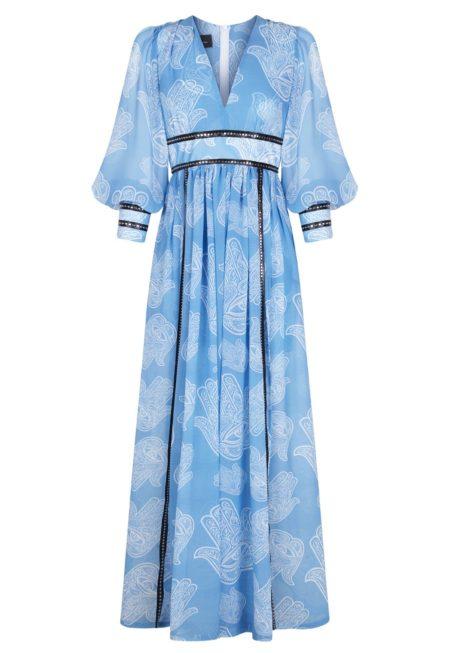 Guts and love. Silueta del vestido largo Fatima heaven de la colección primavera verano 2020 Underneath the star